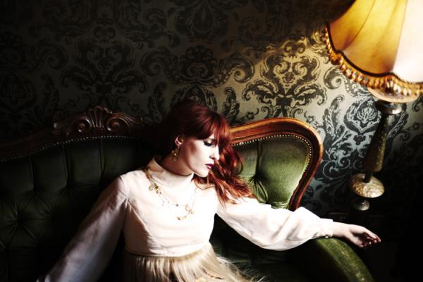 florence-the-machine-shelter